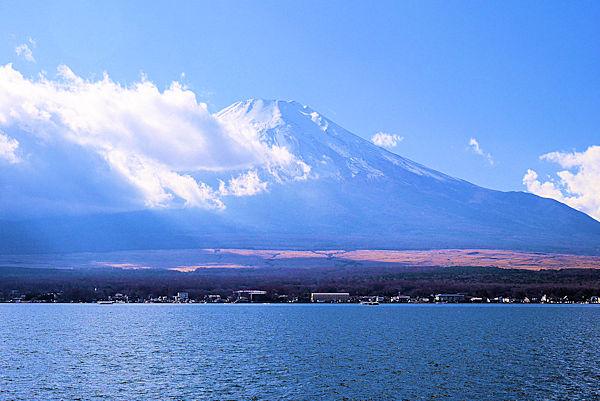 山中湖_長池親水公園から富士山