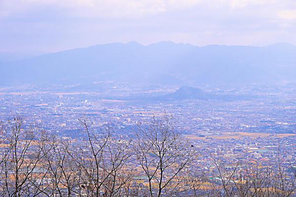 20190129二上山 (2)雌岳山頂から奈良県方面の眺め