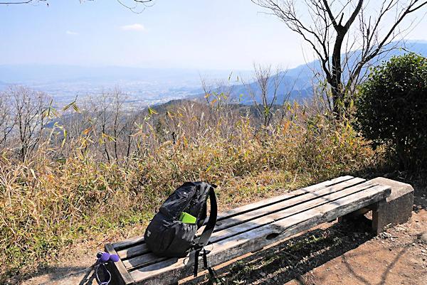 20190226二上山 (6)雌岳山頂から奈良方面の眺め