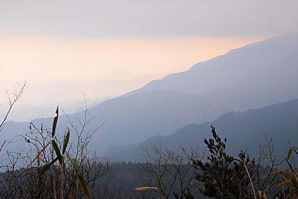 20190207二上山 (3)雌岳からの眺め