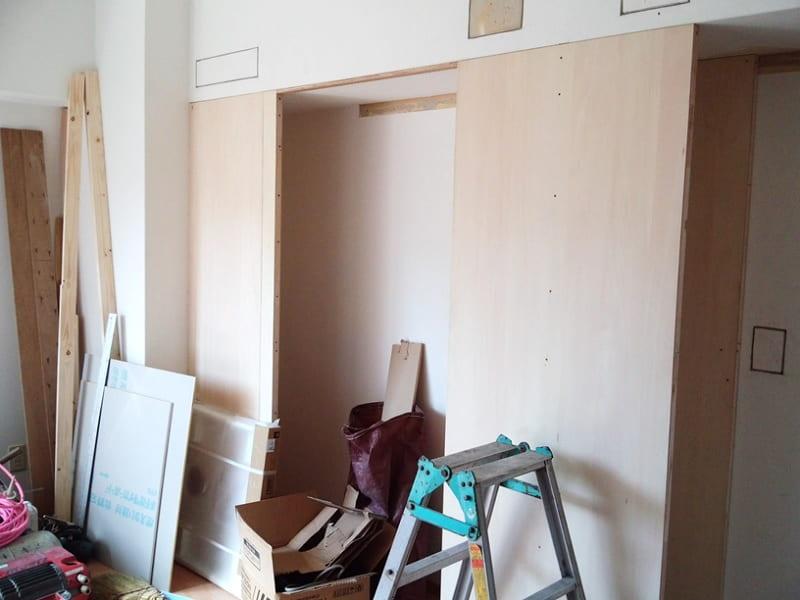 居室 下がり天井下部 収納造作工事中